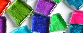 hoch glänzende Mosaiksteine