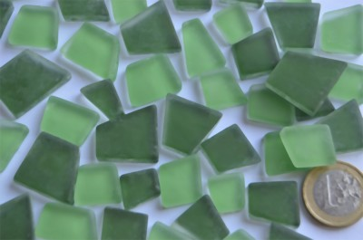 Mosaiksteine unregelm. Frost Grünmix 100g ca. 40St.