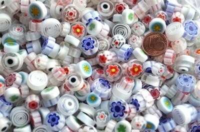 Millefiori Glas Mosaiksteine rund weiß 7-12mm 30g ca. 25-30 St.