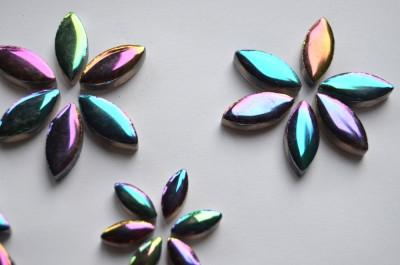 Mosaiksteine Blattform Keramik in Spektralfarben 36 St.-ca. 32g