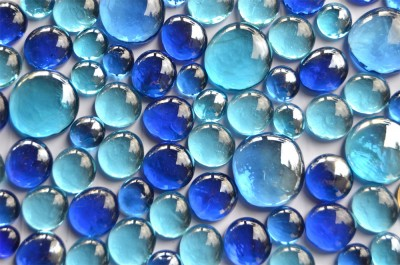 Glasnuggets Blaumix, 3 versch. Größen 13-33mm 350g ca.81St.