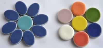 Keramik Mosaikteine Set: 10 oval blau und 10 rund bunt ca. 35g