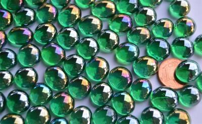 Mini Glasnuggets 10-12mm grün irisierend transp. 70g ca.50 St.