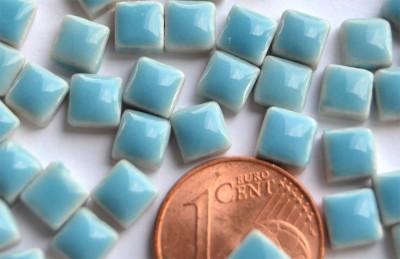 Mini Mosaiksteine hellblau, 5x5mm, 20g - ca. 120-150 St.