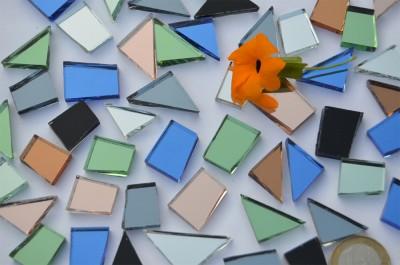 Spiegel- Mosaiksteine Formen-Mix 15-35mm bunt 120g, ca. 48 St.