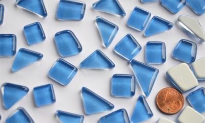 Glas Mosaiksteine unregelmäßig blau 200g, ca. 130-150St.
