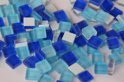 Soft Glas Mosaiksteine Blaumix 1x1 cm 220 St.- ca. 180g.