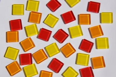 Glas Mosaiksteine (Soft-Glas) Sonnemix 2x2 cm 200g, ca. 50 St.