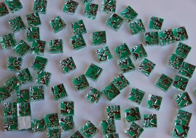 Glasmosaiksteine metallisch, grün, 1x1cm 100 St.- ca. 90g.