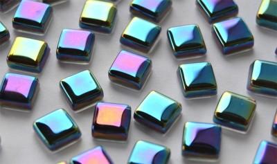 Mini Mosaik schimmernd in Spektralfarben 1x1 cm 50 St.- ca. 40g.