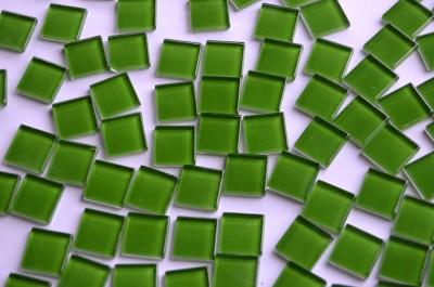 Glas Mosaiksteine (Soft-Glas) dubkelgrün 2x2 cm 200g, ca. 50 St.