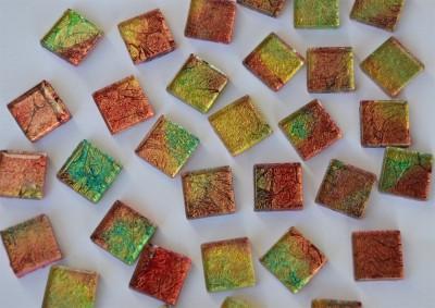 Mosaiksteine mit auffälligem Muster N2, 2x2 cm 30 St.- ca.110g