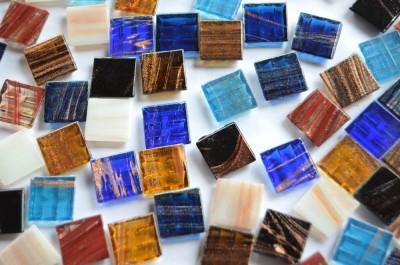 Glasmosaiksteine mit Goldfäden bunt 1,5x1,5cm 100 St.- ca. 145g