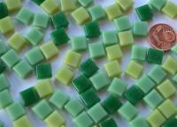 Mini Mosaik Grünmix 8x8mm Glas Mosaiksteine 50g. ca. 90 Stück