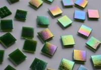 Glas Mosaiksteine schimmernd 2x2 cm dunkelgrün 50 St.- ca. 145g