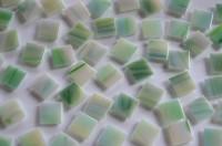 Mosaiksteine schimmernd grün marmoriet 1,5cm 100 St.- ca.145g