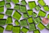 Mosaiksteine unregelm. hoch glänzend Grünmix 100g ca. 40St.