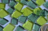Glas Mosaiksteine unregelm. transparent Grünmix 100g ca. 40 St.