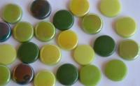 Glas Mosaiksteine rund 20mm Grünmix Stärke 6mm 100g ca. 22 St.