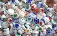 Millefiori Glas Mosaiksteine rund weiß 7-15mm 30g ca. 25-30 St.