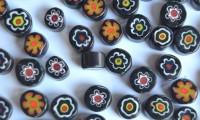 Millefiori Glas Mosaiksteine rund schwarz 7-12mm 30g ca.25-30St.