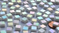 Mini Mosaiksteine weiß mit Regenbogenschimmer 8x8mm 50g ca.100St