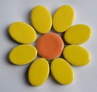 Keramik Mosaikteine Set: 10 oval gelb und 10 rund bunt ca. 35g