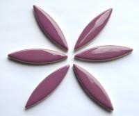 Mosaiksteine Blattform 6cm lang Keramik lila 6 St.- ca.45g
