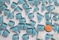 Glas Mosaiksteine unregelmäßig hellblau 200g, ca. 130-150St.