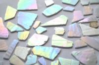 Tiffany Glas weiß auf einer Seite perlmutt 200g, ca. 20-30 St.