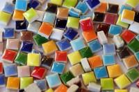 Mini Mosaiksteine 1x1cm keramik bunt glänzend 100g ca.100 St.
