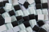 Mini Glasfliesen Crystal schwarz/weiß 1x1 cm 220 St.- ca. 180g.