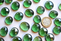 Glasnuggets transparent 17-20mm grün 100g, ca. 20 St.